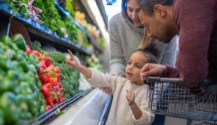 Savvy Shoppers Waste Less Food